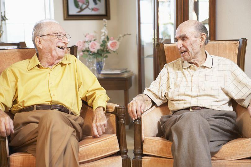 общение инвалидов пенсионеров