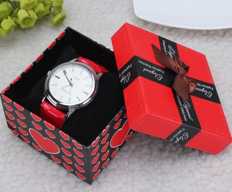 подарок пожилому часы
